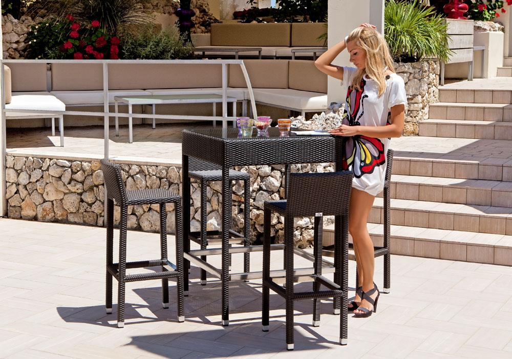 spesso Outdoor : Set Tavolo Alto più 4 sgabelli da esterno Intreccio GH52